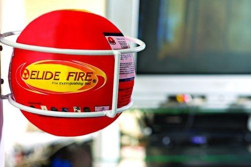 Loại bóng dập lửaElide Fire Ball. (Ảnh: internet)