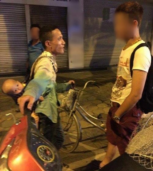 """Sau clip đánh con, ông bố 9X bị nhóm thanh niên tìm đến """"dạy dỗ"""""""