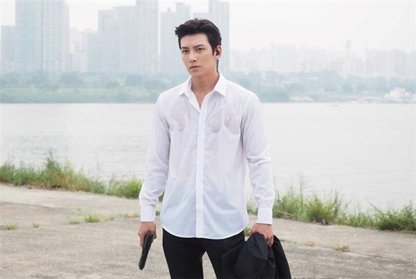 Trong The K2, Chang Wook diễn vai Kim Je Ha - một đặc vụ bí mật.