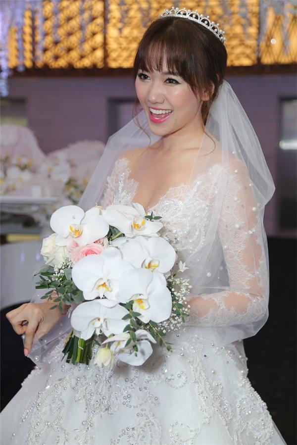 Trấn Thành hạnh phúc trao nhẫn và khoá môi Hari Won - Tin sao Viet - Tin tuc sao Viet - Scandal sao Viet - Tin tuc cua Sao - Tin cua Sao