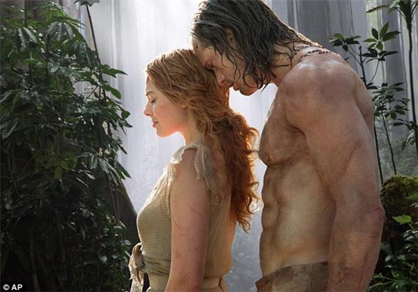 Tài tử Alexander Skarsgård trong vai Tarzan.