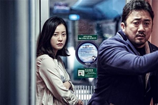 Sang Hwa vẫn thu hút bởi tuy có vẻ ngoài dữ tợn nhưng lúc nào cũng tỏ ra sợ sệt người vợ đang mang bầu.