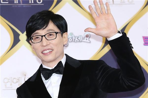 Thật không ngờ, Lee Kwang Soo có ngày phong độ ngời ngời thế này