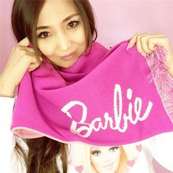 Choáng với fan cuồng Barbie: Chi hơn 1 tỉ rưỡi để