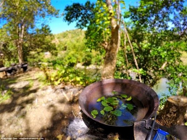 Bồn tắm này có tên gọi kawa, có nghĩa là một ấm nước lớn, trước đây được sử dụng trong sản xuất nhà máy đường tại các nhà máy lân cận. Ảnh: Michael Diez/Mediadrumword.
