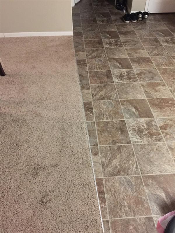 Là tấm thảm méo hay đường gạch méo thế?