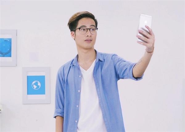 Bạn chỉ việc selfie, còn lại cứ để app lo!