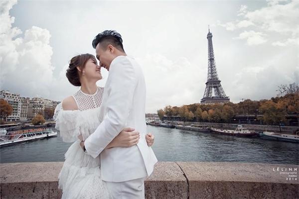 Đám cưới của Hari Won cùng Trấn Thành có thể nói là một sự kiện lớn thu hút sự quan tâm, chú ý của nhiều người. - Tin sao Viet - Tin tuc sao Viet - Scandal sao Viet - Tin tuc cua Sao - Tin cua Sao