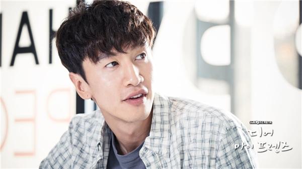 Sau Gia đình là số 1, Lee Kwang Soo tham gia nhiều phim nhưng không thể bật lên trở thành ngôi sao sáng