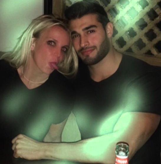 Bức ảnh ghi lại khoảnh khắc tình tứ giữa Britney và Sam từng được đăng tải.
