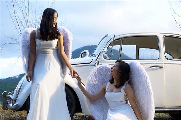 Vân Trang khoe vẻ đẹp tinh khôi và ma mị trong phim Oán