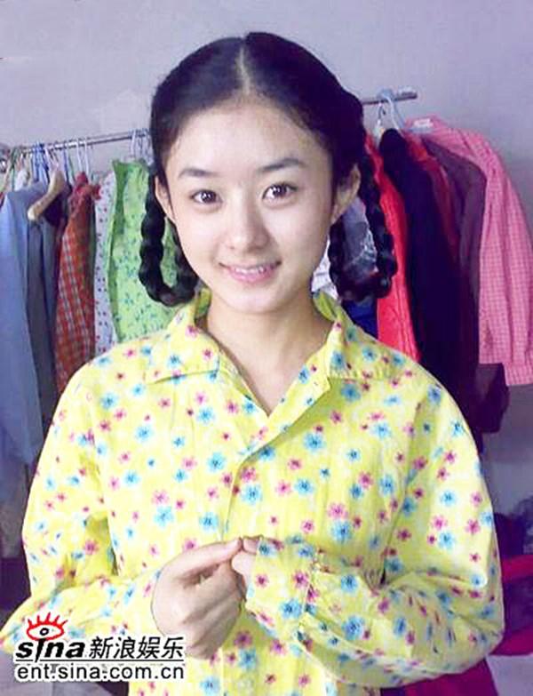 Triệu Lệ Dĩnh dễ thương với tạo hình thôn nữ trong bộ phim Golden Marriage.