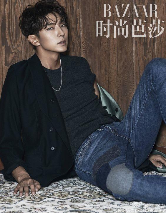 Lee Jun Ki chưa bao giờ vắng mặt trong các bảng xếp hạng nhan sắc lớn nhỏ xứ Hàn.