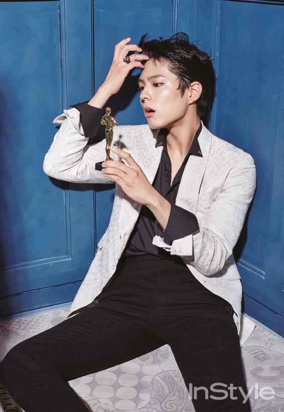 Nhờ vẻ ngoài nổi bật, nam diễn viên lọt top những mỹ nam đẹp hơn hoa xứ Kim Chi.