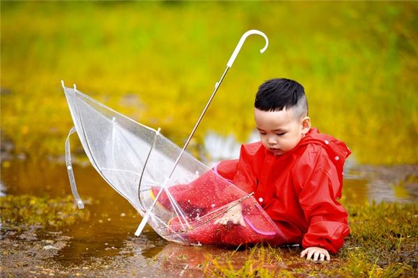 Mê mệt trước vẻ đáng yêu của con trai Hoa hậu Diễm Hương - Tin sao Viet - Tin tuc sao Viet - Scandal sao Viet - Tin tuc cua Sao - Tin cua Sao
