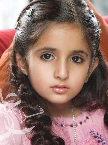Công chúa Shamma sở hữu đôi mắt to tròn, sống mũi thẳng tắp vô cùng đáng yêu.