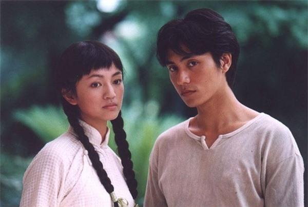 """Cách đây 16 năm, Trần Khôn đã """"đẹp lồng lộn"""" trong bộ phim truyền hình Như sương như gió lại như mưa."""