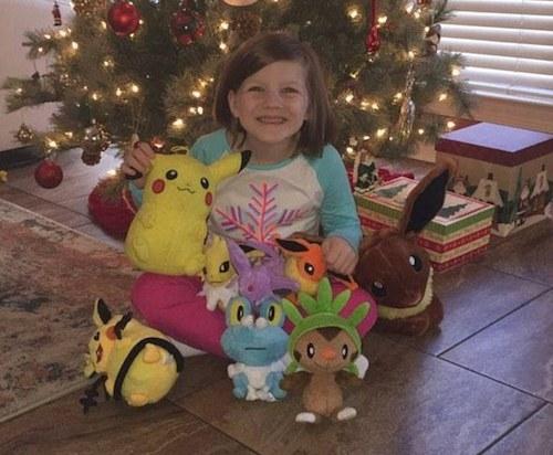 Howell chỉ cho con gái giữ lại 9/13 món đồ chơi, số còn lại cô đã trả lại. (Ảnh: internet)