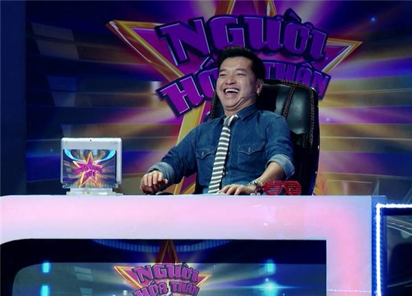"""Quang Minh - Hồng Đào là đôivợ chồng nghệ sĩrất được mến mộ tại các sân khấu hải ngoại. Năm 2016, cặp đôiquyết định về Việt Nam và nhận lời mời ngồi """"ghế nóng"""" một số chương trình truyền hình. Thời gian gần đây, cả haicòn tham gia đóng phim khiến tên tuổi Quang Minh - Hồng Đàongày càng phủ sóng rộng trên khắp các """"mặt trận"""" truyền thông. - Tin sao Viet - Tin tuc sao Viet - Scandal sao Viet - Tin tuc cua Sao - Tin cua Sao"""