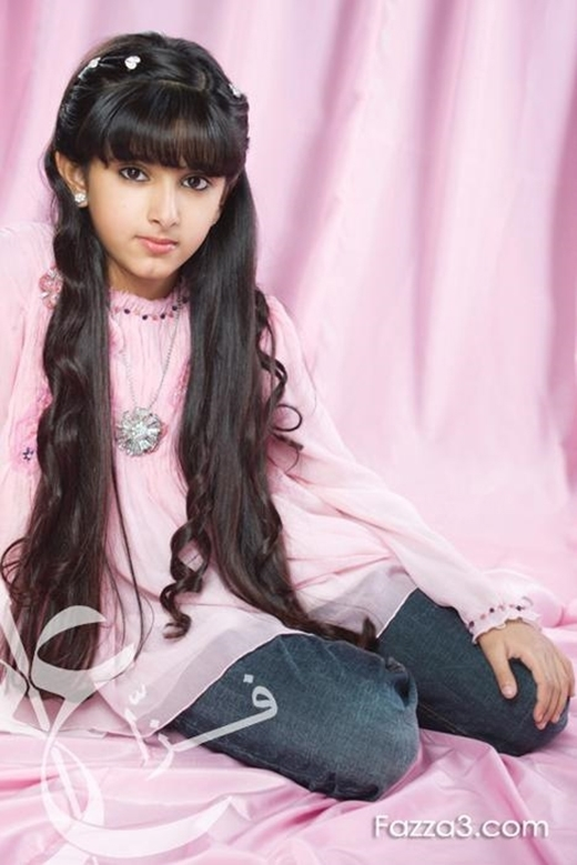 Công chúa Salama sở hữu nét đẹp mê hồn có phần cao lãnh lạnh lùng thu hút mọi ánh nhìn.