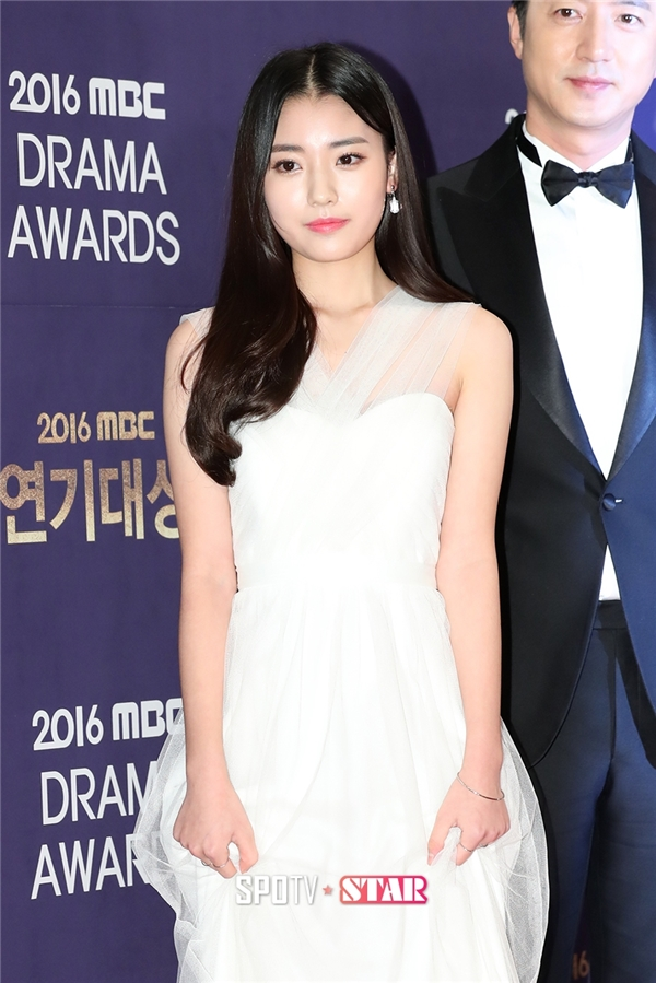 Sao nhí Jung Da Bin từng gây ấn tượng trong She Was Pretty năm ngoái