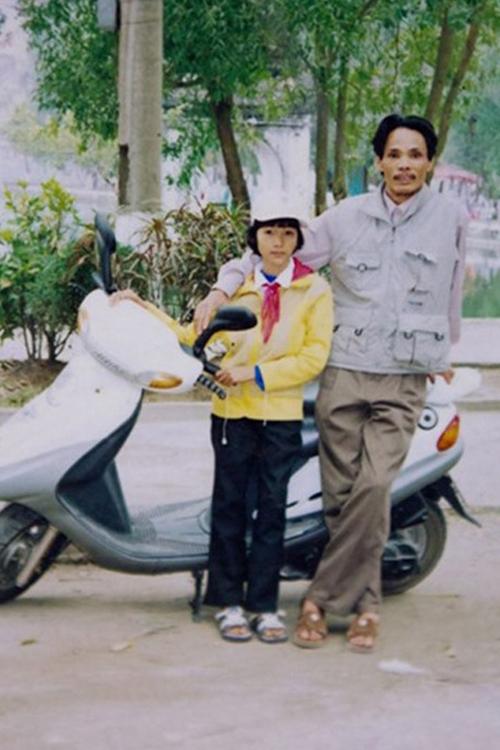 Bấn loạn với loạt ảnh nhìn hoài không ra của mĩ nhân Việt
