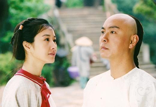 Xuất thân là một ngôi sao hài có tiếng, cùng với lối diễn xuất ấn tượng ở những bộ phim trước đó, Trương Vệ Kiện đã khiếnĐới Xuân Dần trở nên khó quên với khán giả hơn và chính vai diễn này cũng trở thành một trong những vai diễn để đời của nam diễn viên kỳ cựu này.