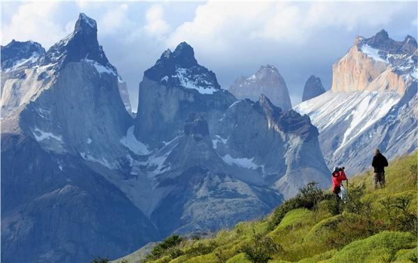 Tuyến đường sắt cao nhất thế giới giúp rút thời gian đếndãy núi nổi tiếng Andes.