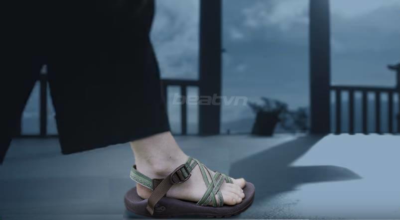 Sơn Tùng bị soi nhiều lỗi thời trang ở MV kiếm hiệp mới trình làng