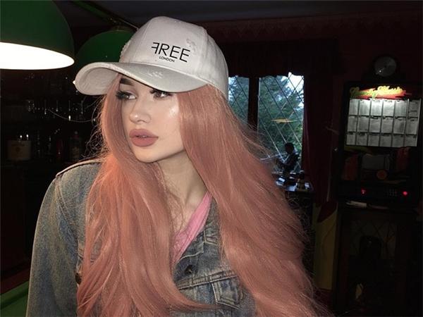 Hình ảnh của cô nàng này thường xuyên được đăng tải trên nhiều diễn đàn và nhận được không ít lời khen ngợi. Cư dân mạng dự đoán Megan sẽ còn nổi tiếng hơn nữa.