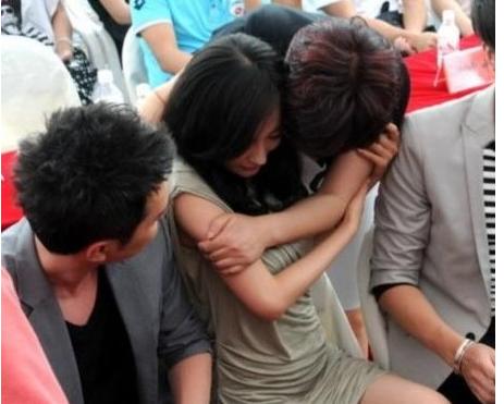 Sao nữ Hoa ngữ và những lần bị sàm sỡ giữa chốn đông người