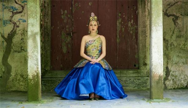 Những tạo hình cổ trang gây tranh cãi của sao Việt