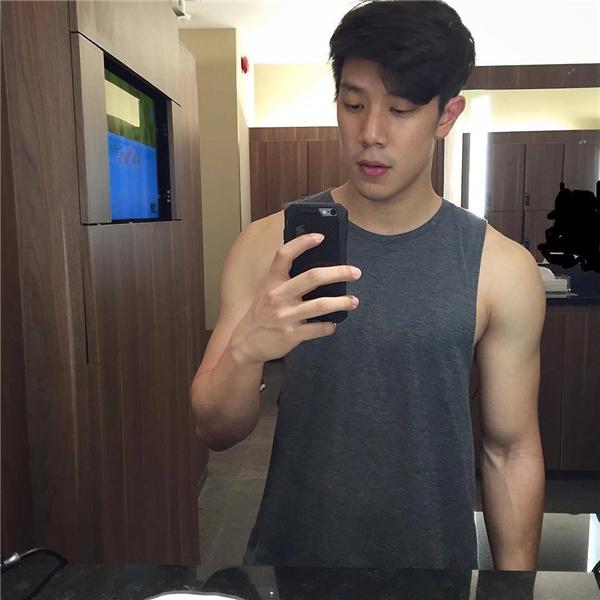 Vẻ đẹp rắn rỏi, nam tính của dàn trai đẹp Thammasat. (Ảnh: Instagram)