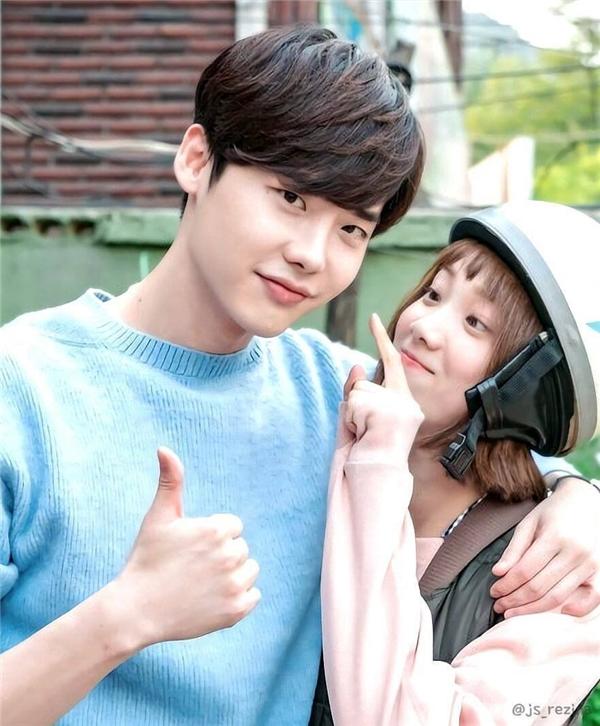 Đây là mĩ nam bên đời Lee Sung Kyung khiến Nam Joo Hyuk ra rìa