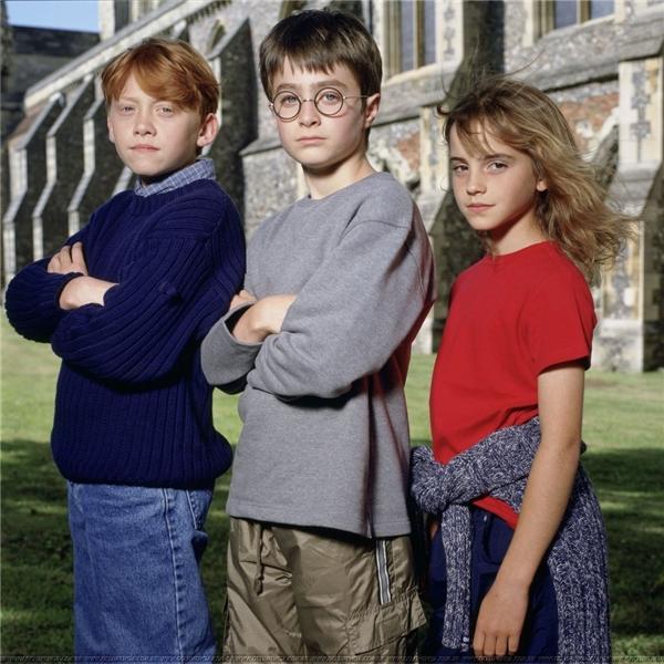 Bộ ba diễn viên nhí đã mang phép màu đến với hàng triệu người hâm mộ của bộ truyện Harry Potter như những phù thủy thật sự.(Ảnh: Internet)