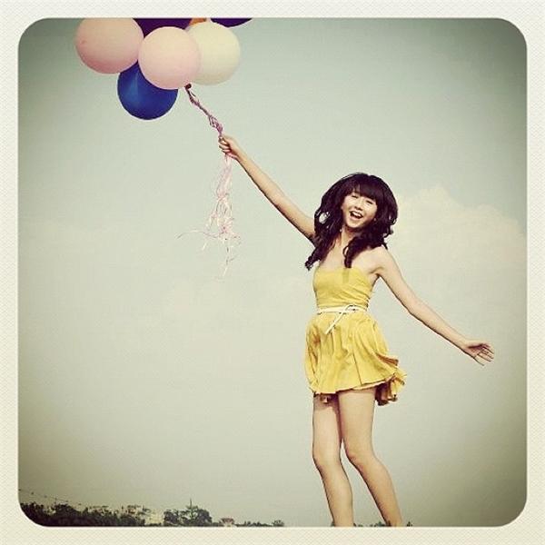 So hình ảnh đầu tiên của hot girl Việt ngày ấy và bây giờ