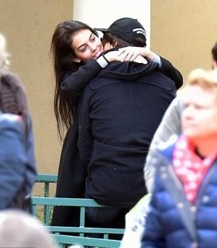 Chán bay nhảy, Ronaldo quyết định đưa bạn gái về ra mắt gia đình