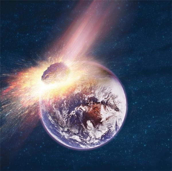 Tiến sĩ Daniel Whitmire thuộc Trường ĐH Louisiana, Mỹ năm ngoái cũng từng đề cập đến viễn cảnh hành tinh X va chạm với Trái đất vào tháng 4/2016.