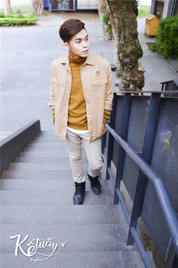 Việc thực hiện sản phẩm âm nhạc tại một quốc gia khác không còn quá xa lạ, tuy nhiên, Jun Phạm gần như là nghệ sĩ tiên phong lựa chọn Đài Loan – một điểm du lịch đang rất hot trong giới trẻ hiện nay. Khán giả sẽ không phải chứng kiến một câu chuyện ngôn tình sến súa kiểu TVB, mà đó sẽ là câu chuyện lãng mạn tại những khung cảnh đẹp nổi tiếng. MV dự kiến sẽ chính thức ra mắt khán giả vào ngày 10/01/2017. - Tin sao Viet - Tin tuc sao Viet - Scandal sao Viet - Tin tuc cua Sao - Tin cua Sao