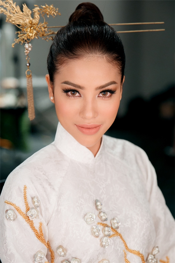 Phạm Hương được dự đoán vào Top 4 chung cuộc Hoa hậu Trái đất 2017.