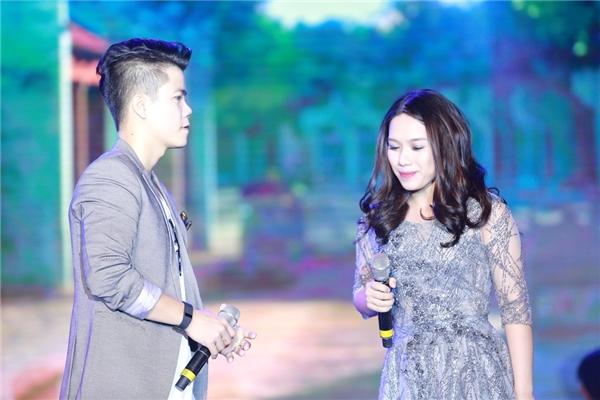 Đinh Mạnh Ninh, Thùy Chi cũng góp mặt trong chương trình và gửi tới khán giả những bản song ca ngọt ngào.