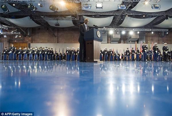Obamađã có những lời tốt đẹp gửi đến các lực lượng vũ trang Mỹ cũng như Trump.