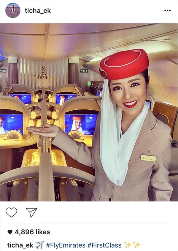 Nữ tiếp viên hàng không bị cư dân mạng bóc phốt