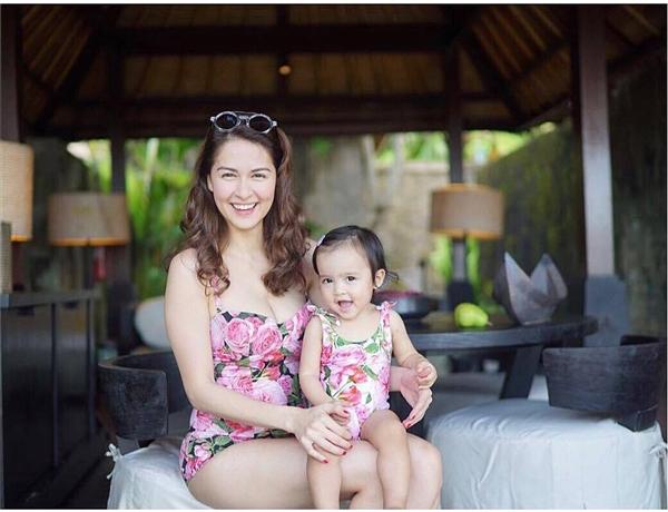 Phát hờn loạt ảnh mẹ con song sinh của mỹ nhân đẹp nhất Philippines
