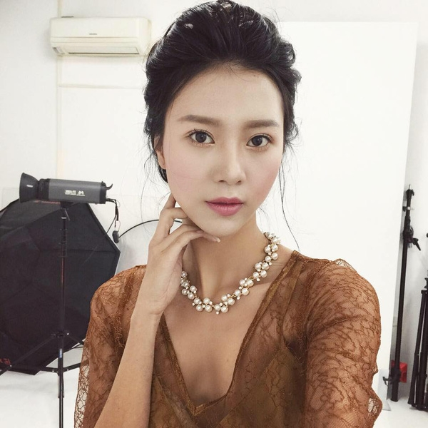 """Những """"người tình MV"""" đẹp lung linh của Sơn Tùng"""