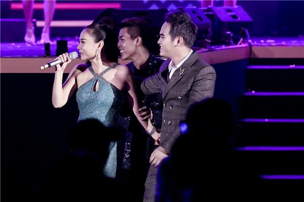 """Fans """"sướng tê người"""" trước màn biểu diễn đẳng cấp của Thu Minh - Tin sao Viet - Tin tuc sao Viet - Scandal sao Viet - Tin tuc cua Sao - Tin cua Sao"""