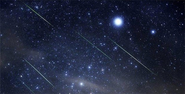 Mưa sao băng Eta Aquaridsđược dự đoán sẽ đạt cực điểm lên tới 60 sao băng mỗi giờ.