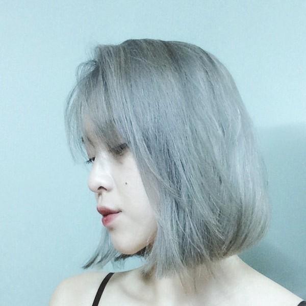 Làm đẹpnhưng đừng quên cách bảo vệ chúng để ta có một mái tóc chắc khỏe, bồng bềnh nhé.(Ảnh: Internet)
