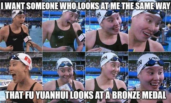 Mị muốn cả thế giới nhìn Mị như cái cách Fu Yuanhui thèm khát chiếc huy chương đồng đấy, hé hé.