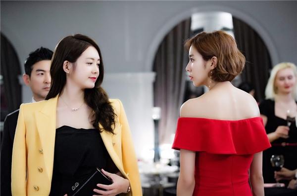 Đây chính là cặp đôi nữ - nữ đang khiến màn ảnh Hàn chao đảo!